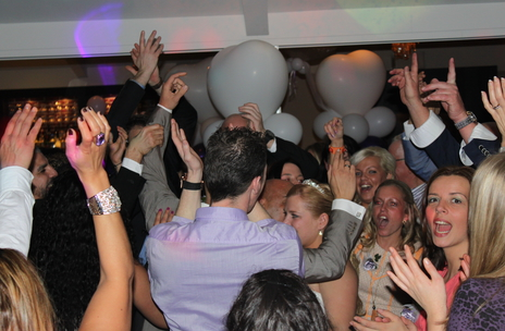 At a wedding in Holland with Wedding DJ Jason Dupuy - get a wedding DJ quote now